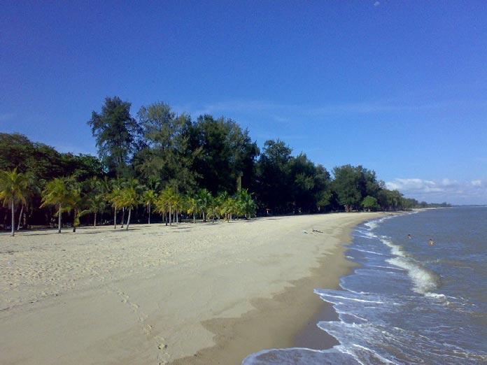east-coast-park-beach